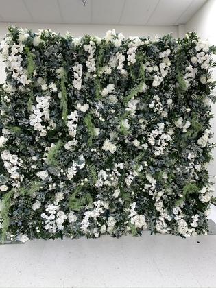 Olivia Bloom Flower Wall